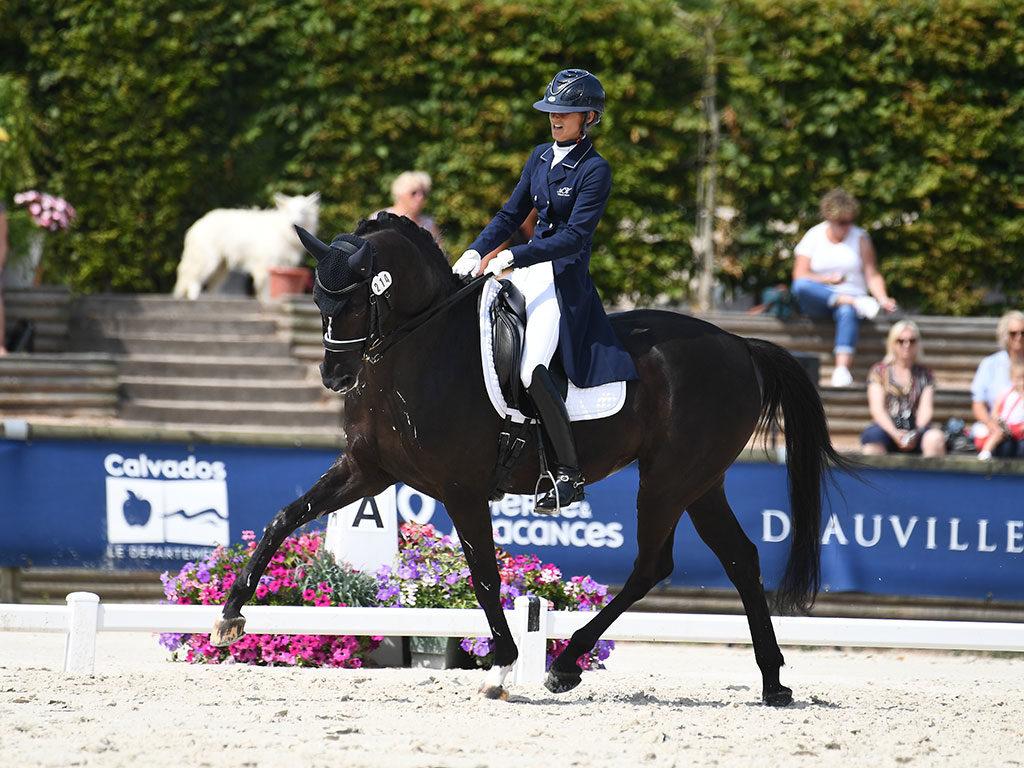 Maxime Collard (FRA) et Happy Lady, vainqueurs du Prix de la Ville de Deauville (CDI2* - Freestyle Intermédiaire I)